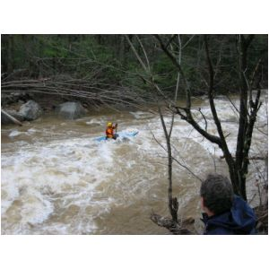 Zman in runout of the big South Fork rapid (Photo by Lou Campagna - 4/26/04)