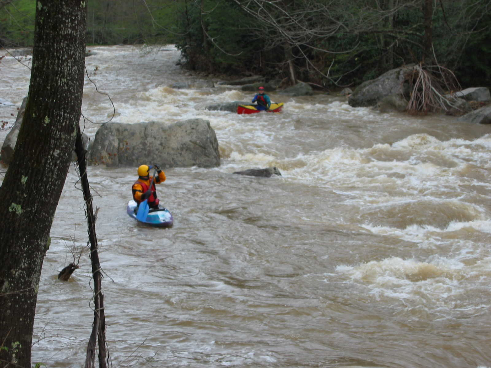 Two Scotts at top of the big South Fork rapid (Photo by Lou Campagna - 4/26/04)