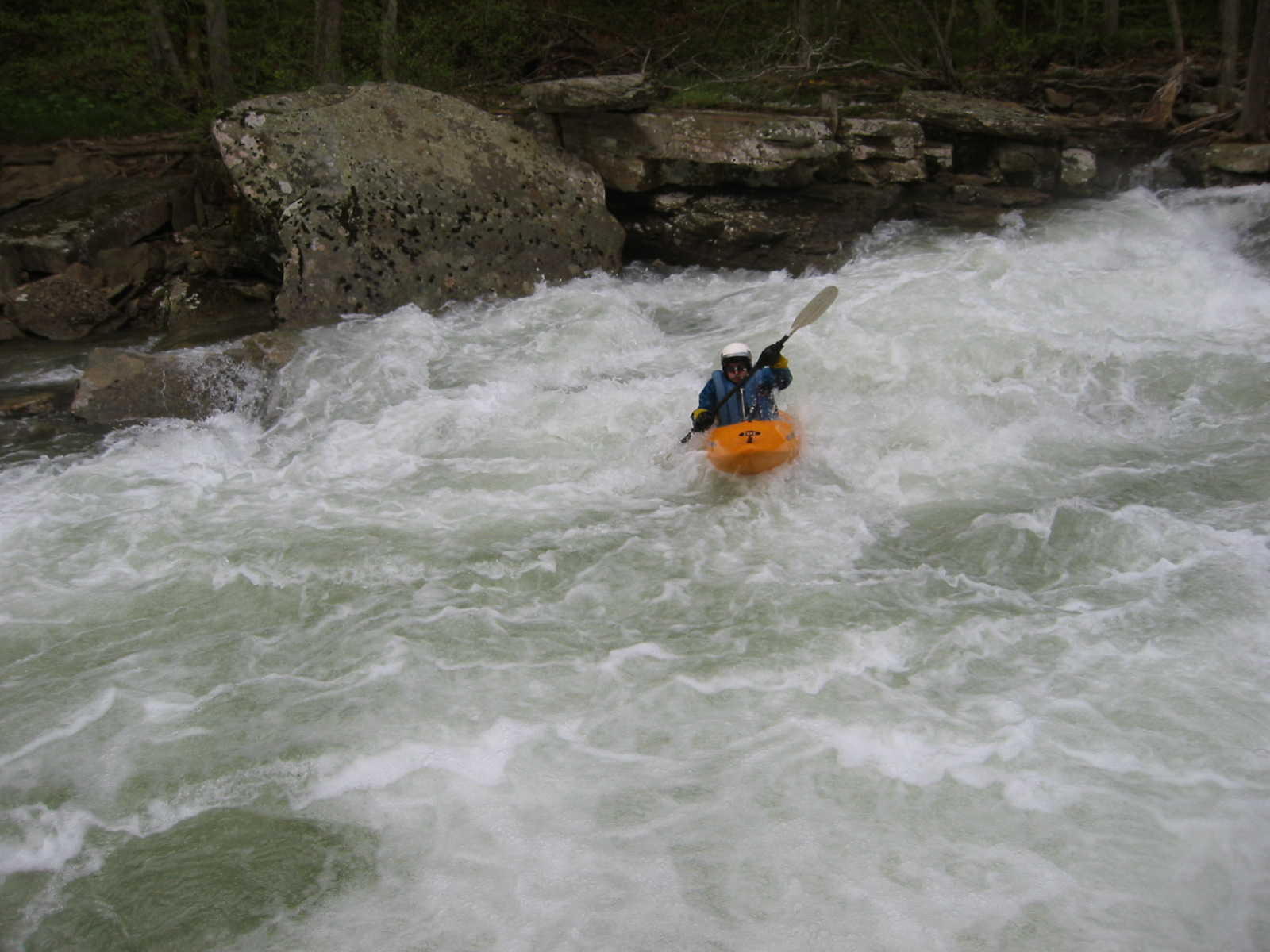 Keith Merkel finishing Bridge Rapid (Photo by Scott Gravatt - 4/27/04)