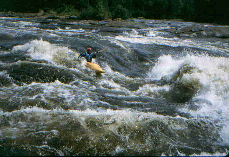Keith Merkel before big wave in long Class 3-4 rapid  (Photo by Bob Maxey - 7/27/01)