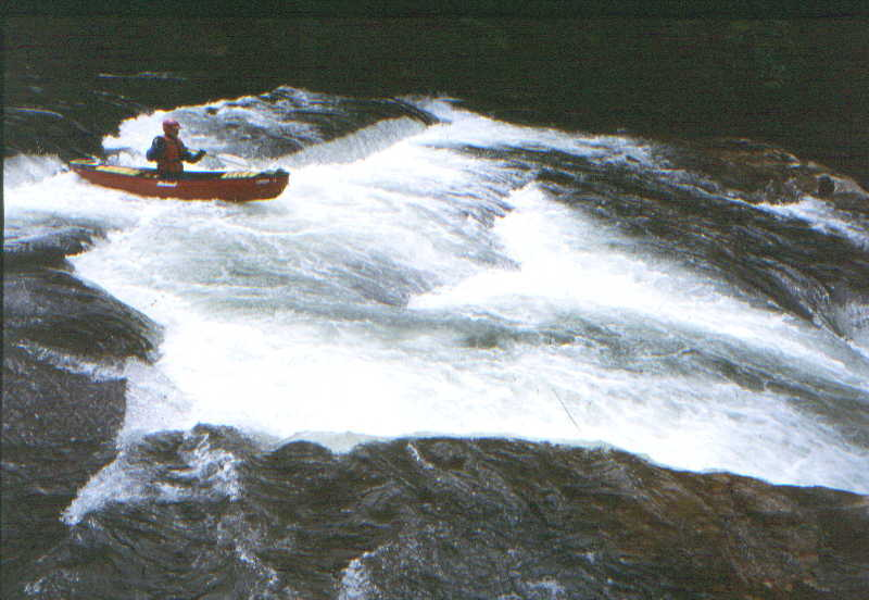 Scott Gravatt at Zoom Flume on the Lower Big Sandy (Photo by Bob Maxey - 5/25/02)