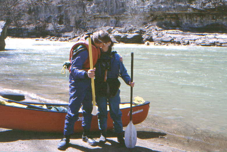 Bad paddle day for Scott & Denise (Photo by Bob Maxey - 4/10/02)
