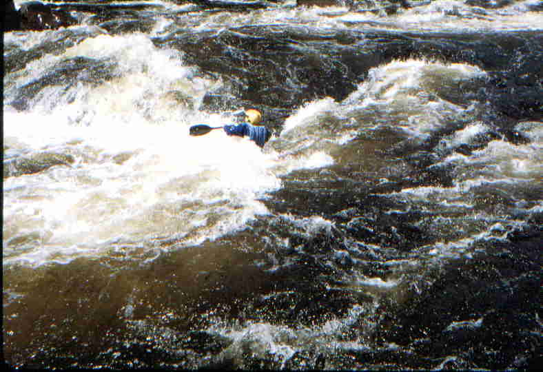 Bruce Labow in Island Rapid (Photo by Bob Maxey - 7/26/01)